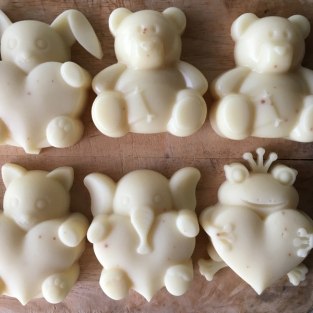 baby shower door gift idea jasmine soap