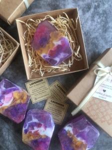 Cenderahati Gemstone Soap Malaysai