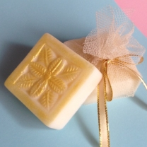 square soap with pattern wedding favour